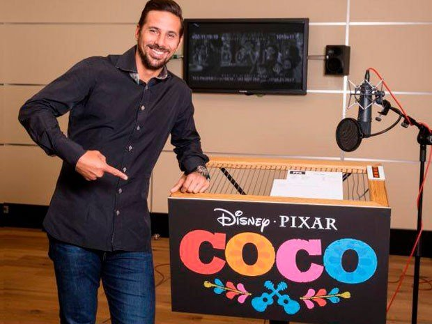 Noticia-193772-claudio-pizarro-disney